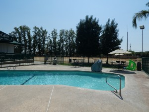Travelodge Lemoore - Enjoy a dip in our swimming pool