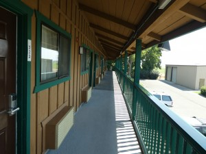 Travelodge Lemoore - Exterior Corridor at Travelodge Lemoore