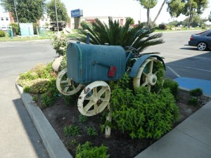 Travelodge Lemoore - Landscaped Grounds at Travelodge Lemoore