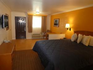 King Standard Bedroom