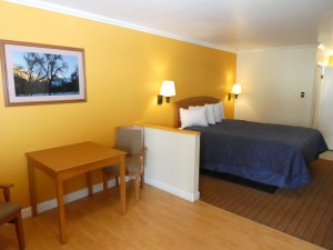 1 King Bedroom Standard