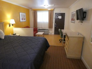 Travelodge Lemoore - Standard King Suite